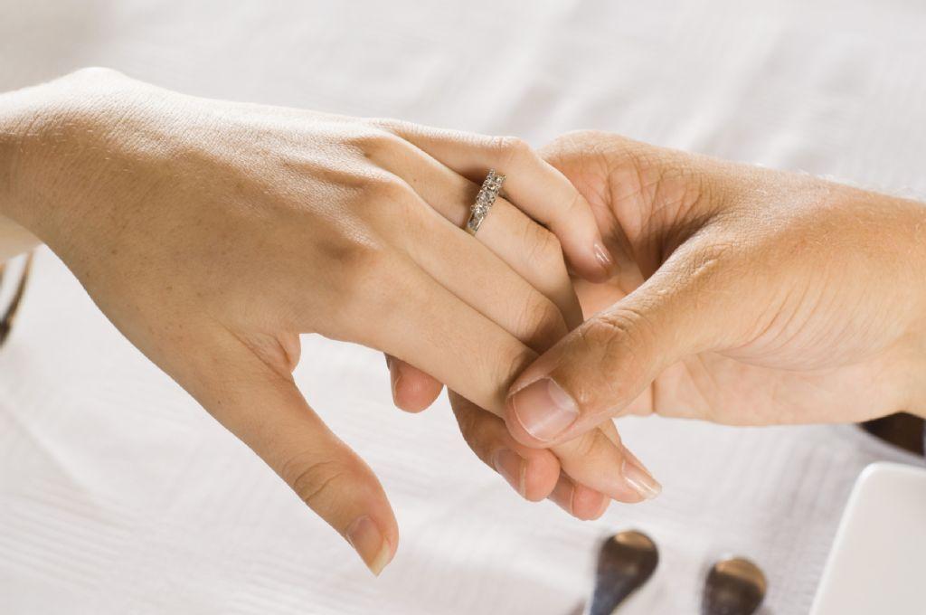 Matrimonio Catolico Con Un Ateo : El fin del matrimonio y la monogamia infofueguina