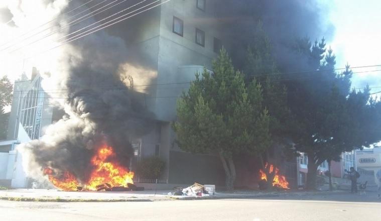 Santa Cruz: graves incidentes durante el tratamiento del presupuesto