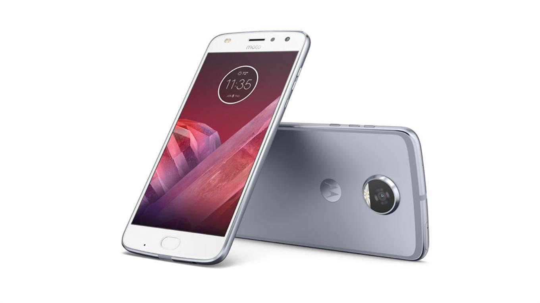 Motorola presenta su nuevo smartphone Moto Z2 Play