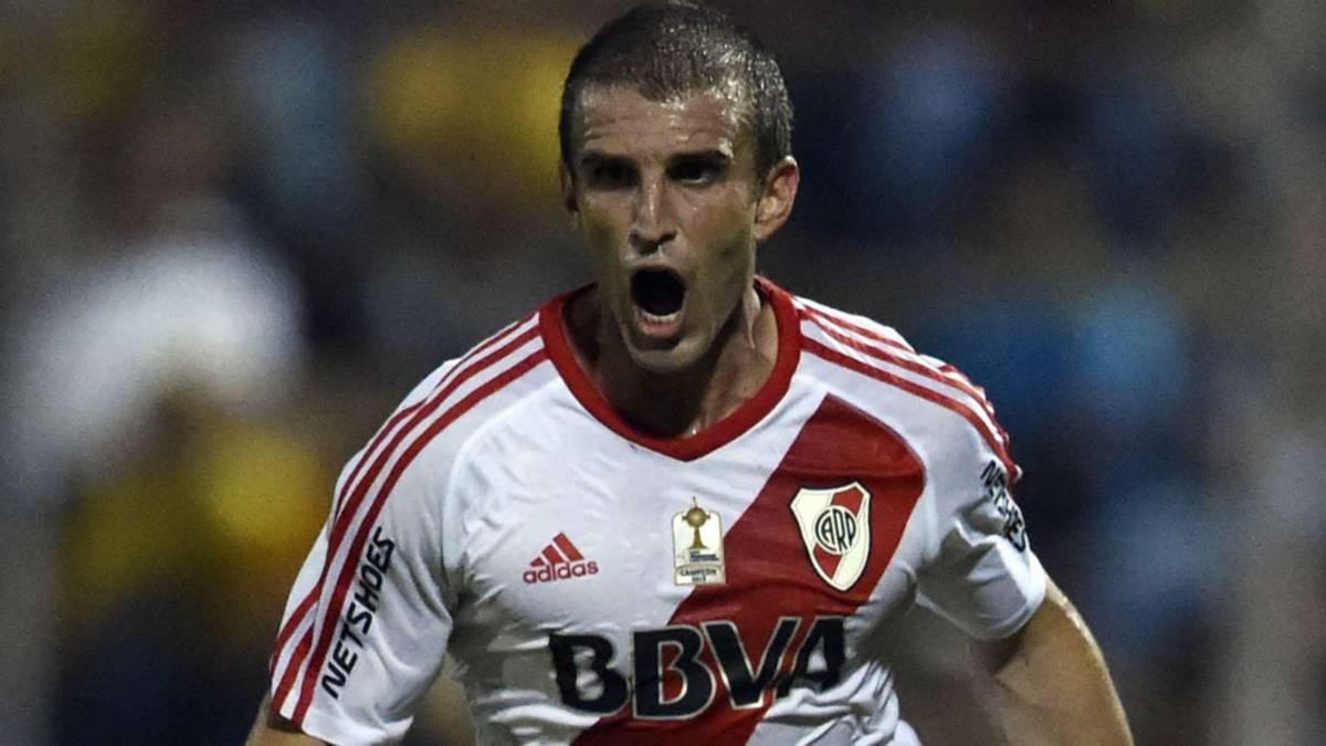 Alonso rescindió con River — Uno menos