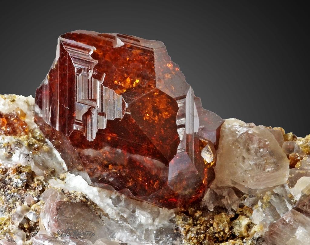 Encuentran Un Nuevo Mineral Proveniente Del Espacio