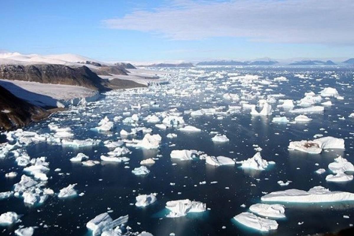 El deshielo en Groenlandia y la Antártida aumentó el nivel del mar en 1,4 centímetros desde 2003