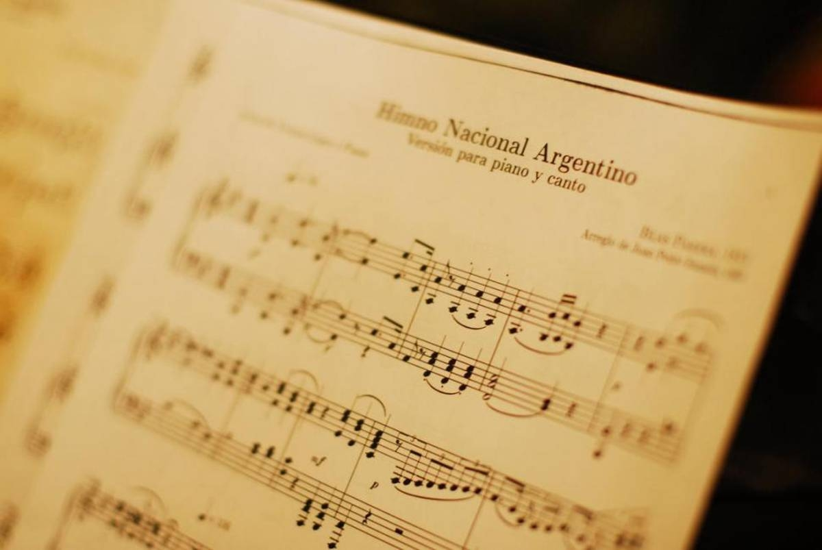 Hoy se conmemora el Día del Himno Nacional Argentino
