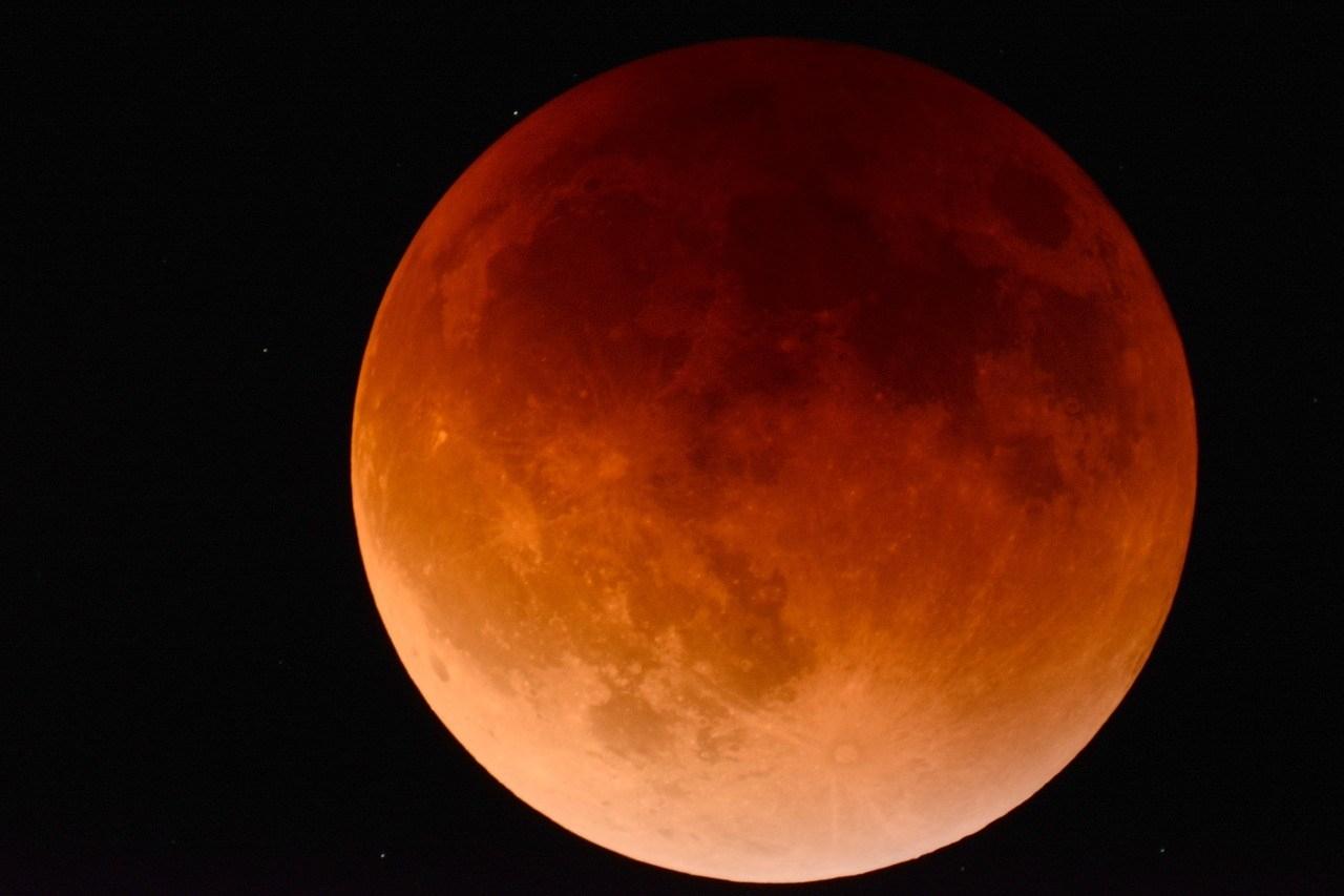 red moon 2018 september - photo #3