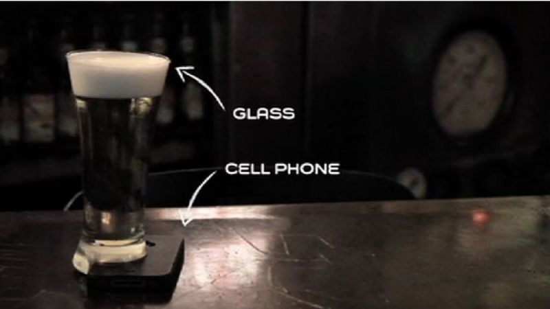 """Offline glass"": Un bar muy original"