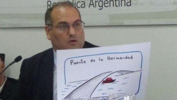 """Para Gastón Roma, """"en Tierra del Fuego no hay nivel profesional"""""""