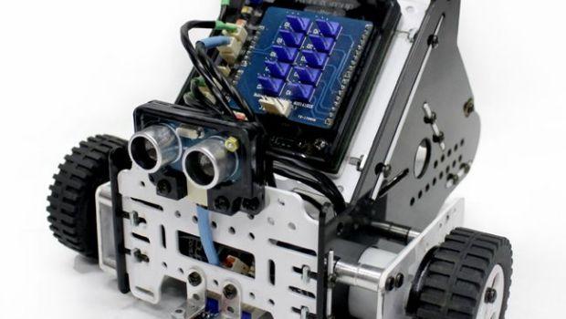 """Lanzan Programa de """"robótica educativa"""" en TDF"""