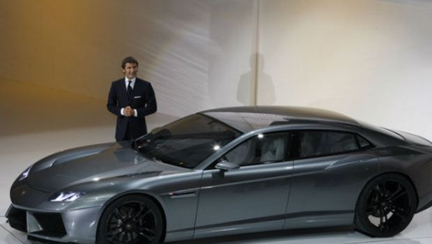 Lamborghini confirmó la producción del deportivo de cuatro puertas