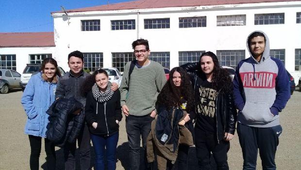 Estudiantes de La Misión conformarán su Centro