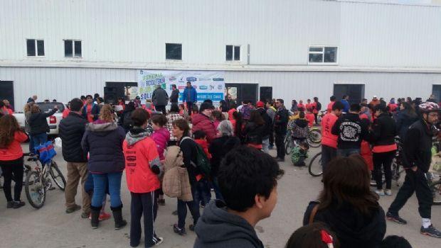 Una multitud participó en la bicicleteada a beneficio del CAAD