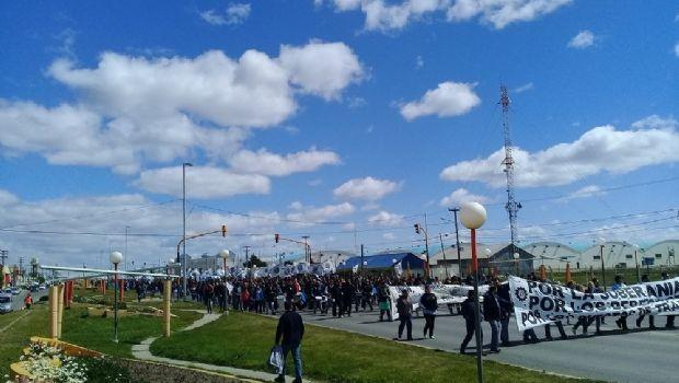 Miles de metalúrgicos marcharon esta tarde en Río Grande