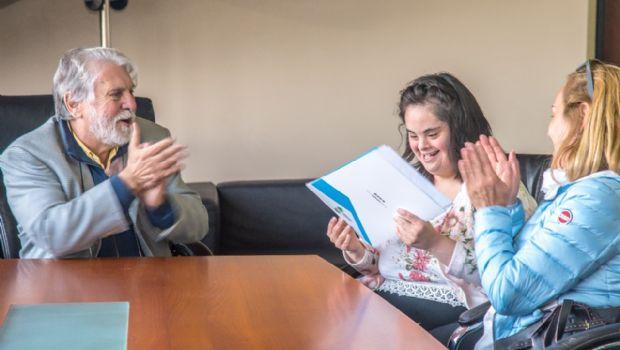 Joven con discapacidad ingresó a trabajar a Municipio de Ushuaia