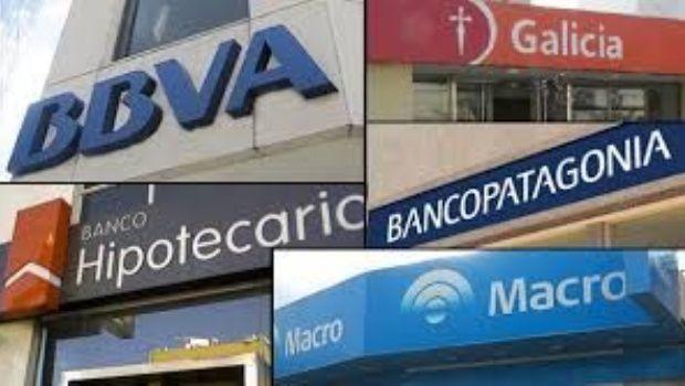 Bancarios extienden el paro de 24 a 72 horas