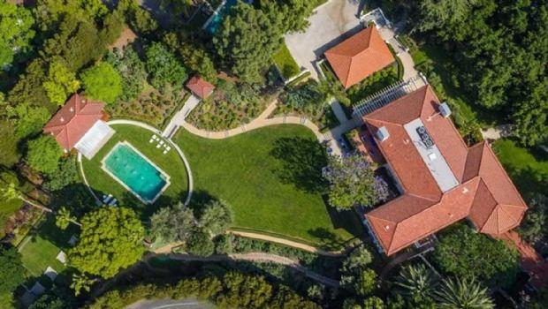 La lujosa mansión que Angelina Jolie compró en Los Angeles