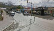 Una 4x4 sin ocupantes chocó a varios vehículos en Ushuaia