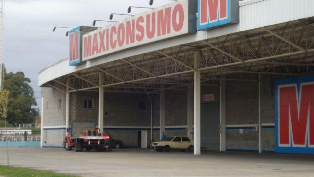 Megasupermercado desembarcaría en Tierra del Fuego