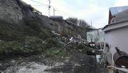 Ushuaia: Vecinos alertan peligro de derrumbre sobre sus casas