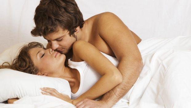 Especialistas señalan cuál es la pose sexual más peligrosa para el hombre