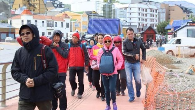 "Ola de turistas ""coparon"" la ciudad de Ushuaia"