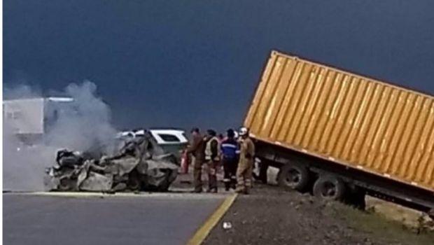 Familia argentina completa muere en accidente sobre ruta chilena