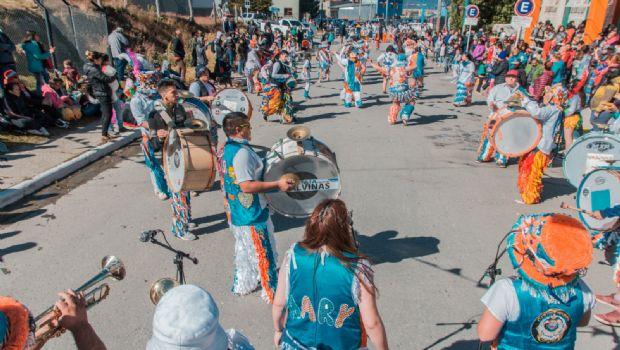 A puro color, comenzaron los carnavales en Ushuaia