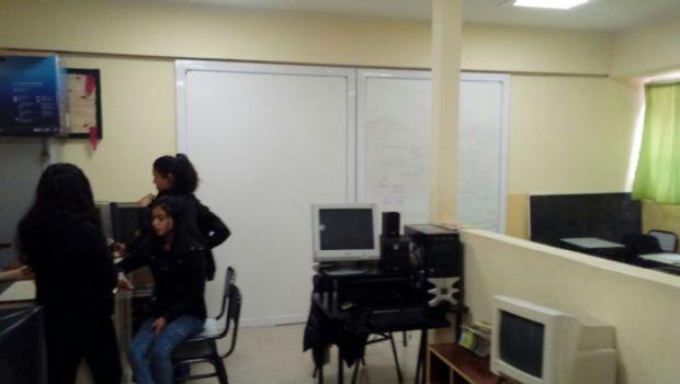 Faltan aulas en el Colegio Padre Zink