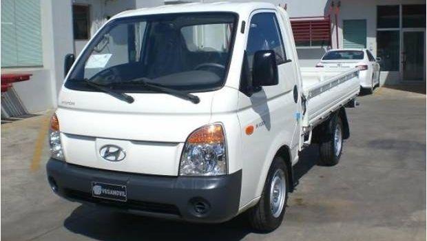 Policía intervino un taxiflet que trasladaba estructuras metálicas robadas