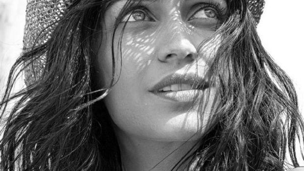 Zaira Nara se mostró sensual en una campaña publicitaria