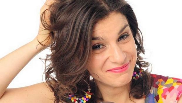 La humorista Dalia Gutmann se presentará en Tierra del Fuego