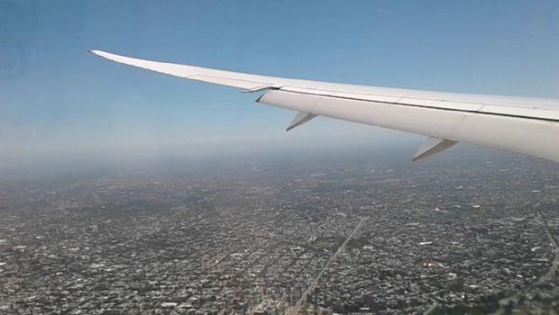 Un vuelo de LATAM al Calafate tuvo que regresar a Ezeiza por detectarse humo en la cabina