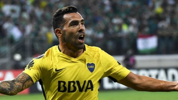 Tevez logró el empate ante Palmeiras