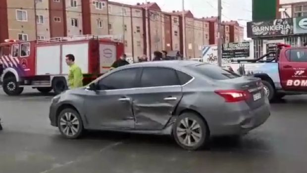 Salió a probar un auto para comprarlo y protagonizó brutal accidente