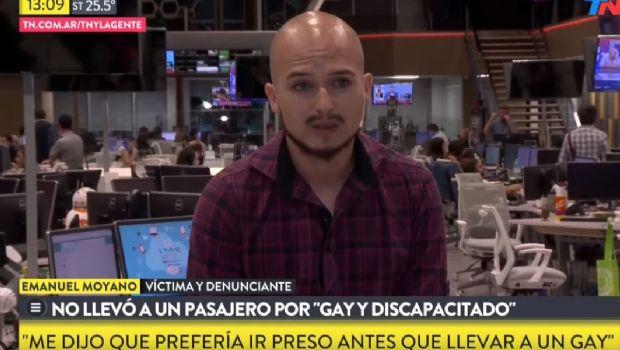 """Colectivero se negó a llevarlo por """"homosexual y discapacitado"""""""