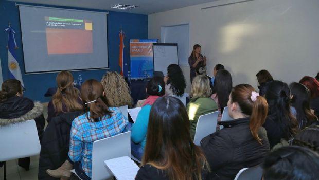 """Destacan desarrollo de """"Primera Jornada de Enfermería en Neonatología y Pediatría"""""""