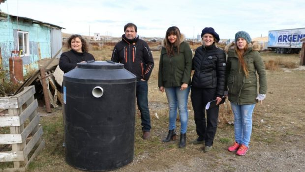 Municipio entregó biodigestor a chacra de Río Grande
