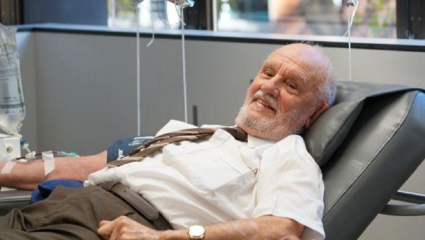 Salvó a millones de chicos con su sangre e hizo su última donación