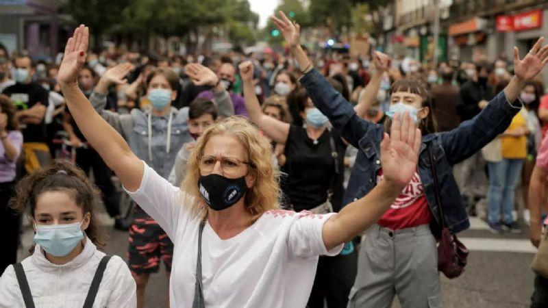 Protestas masivas en Madrid en contra de la cuarentena